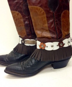 Brown and White Floral Lace Fringe Boot Cuff