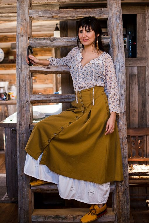 Romantic peasant blouse
